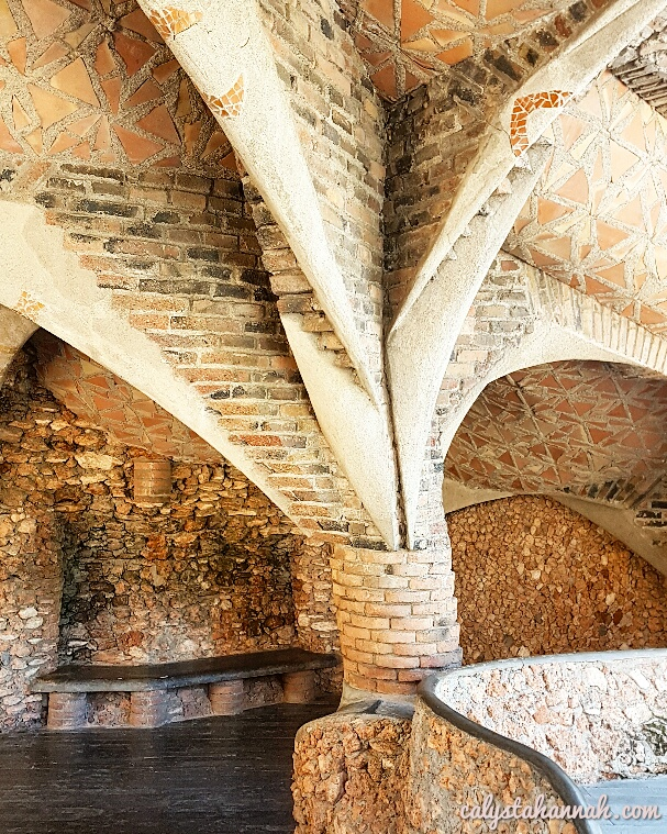 Colonia Güell And Gaudí Crypt – Travel Back In Time