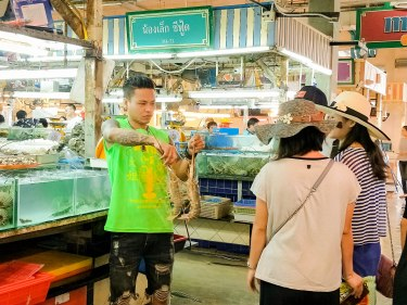 Top Places To Eat Like A Local In Phuket